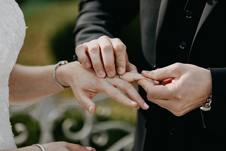 Ringen uitwisselen tuin Hof te Rhode