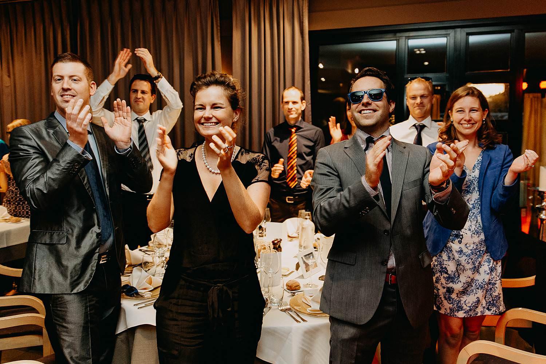 salons caipirinha intrede bruidspaar gasten applaus