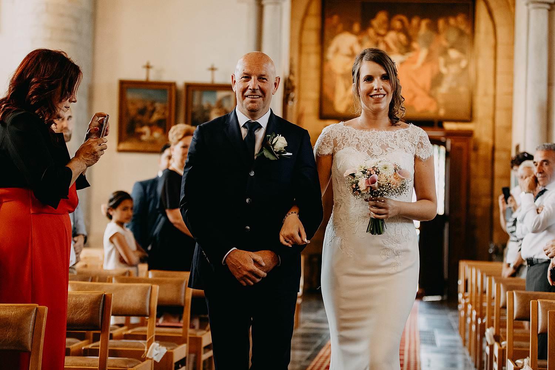 Sint-Genovevakerk intrede bruid met vader
