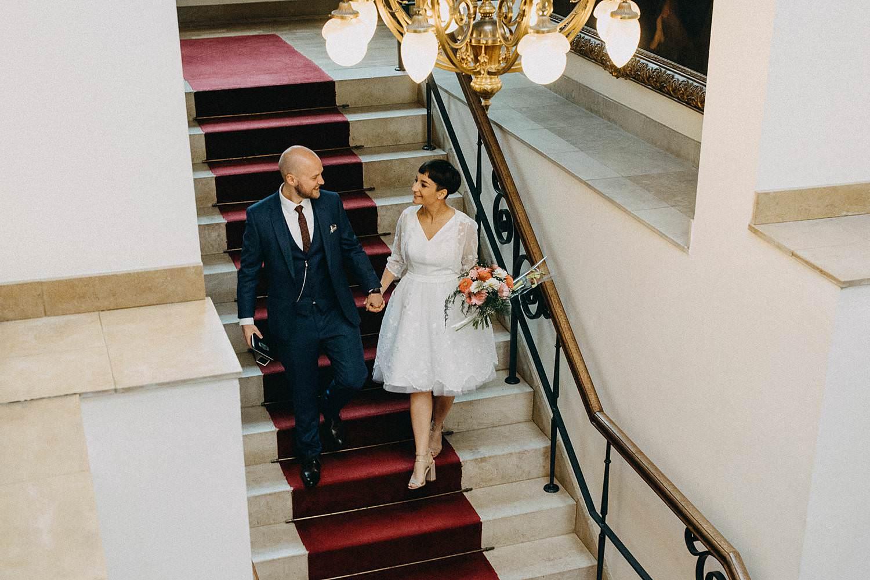 Stadhuis Diest bruidspaar van trap