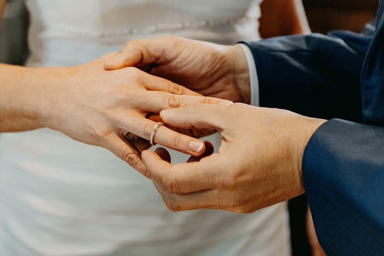 Stadhuis Hasselt huwelijk huwelijksringen uitwisselen