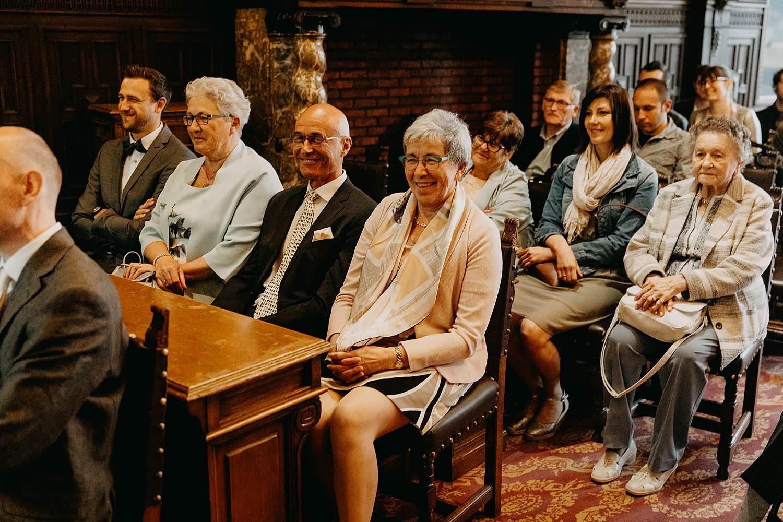 Stadhuis Hasselt tekenen huwelijk familie