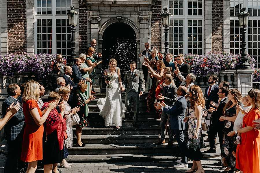 Stadhuis Hasselt uittrede huwelijk via trap