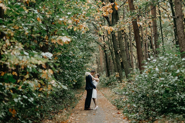 Stiemerheide bruidspaar in bos Genk