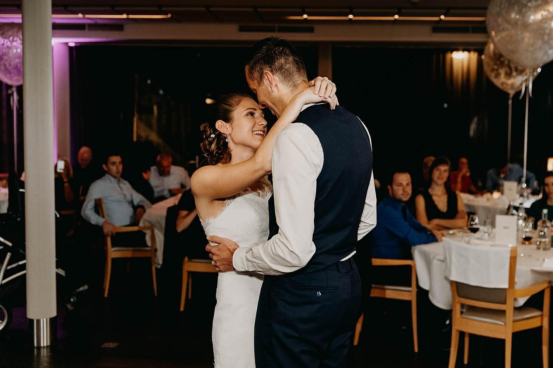 Stiemerheide openingsdans bruidspaar danst