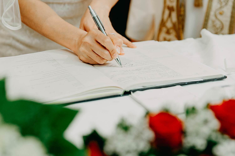 Tekenen huwelijk kerk