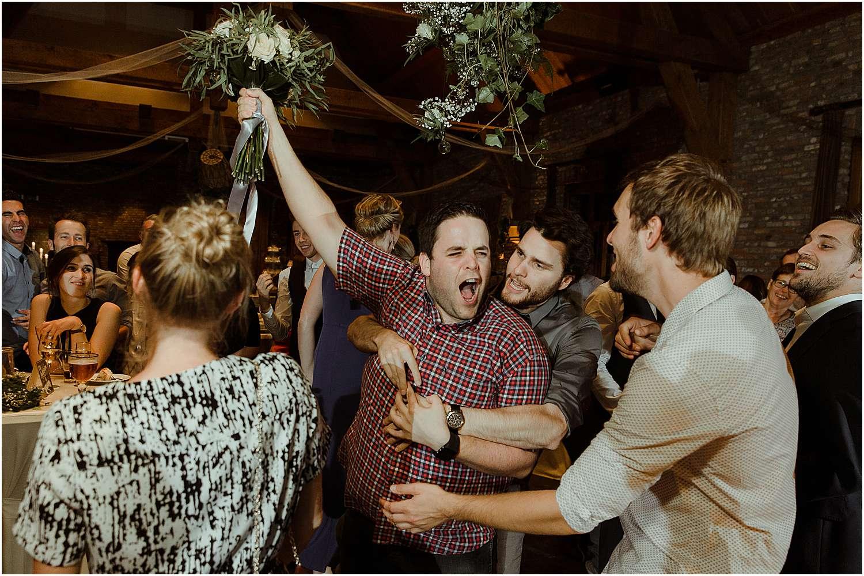 mooiste trouwfoto's vangen bruidsboeket