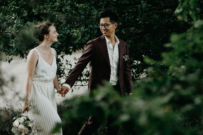 Bruidspaar wandelt naar de Teut Zonhoven