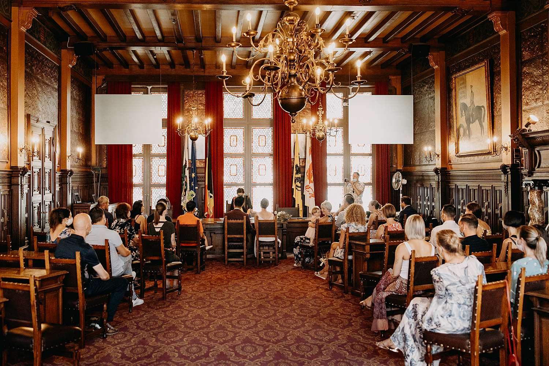 Huwelijk Hasselt in stadhuis van Anne & Steve