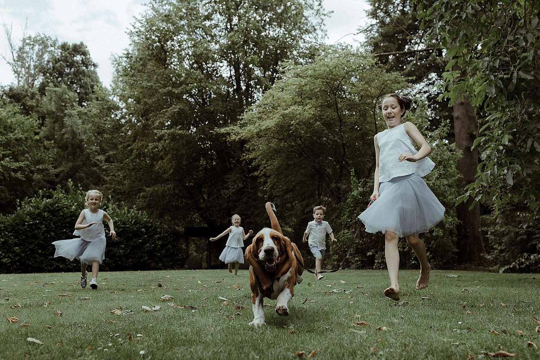Lichaamstaal huwelijk kinderen met hond