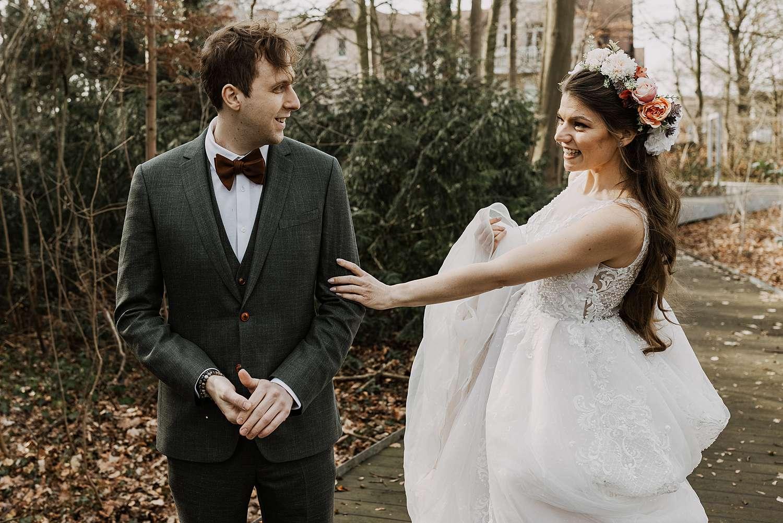 First look bruidspaar gemeentehuis Schilde