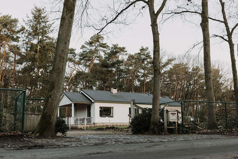 Witte houten villa Schilde
