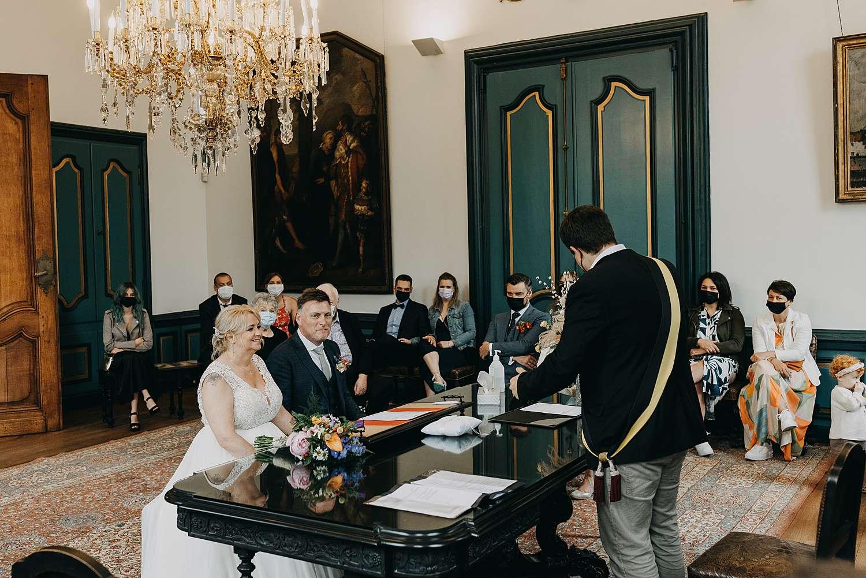 Huwelijk in stadhuis in Lier burgemeester