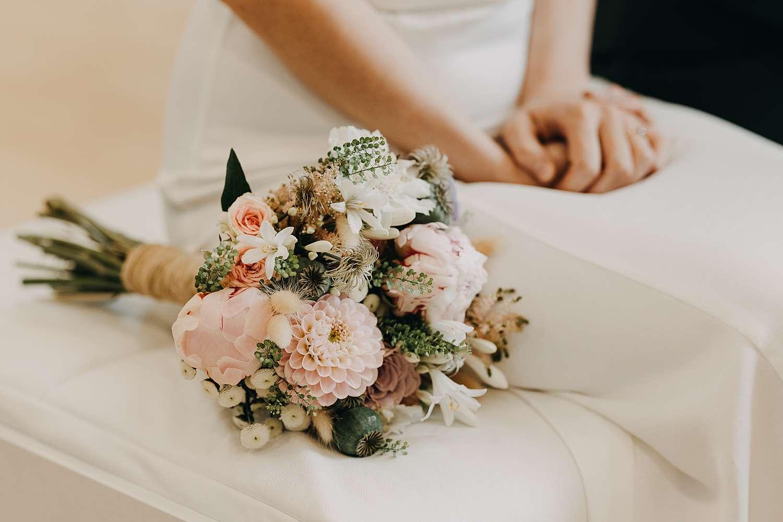 Bruidsboeket huwelijk gemeentehuis Grimbergen
