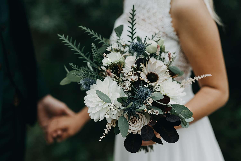 Detail wit bruidsboeket De Teut