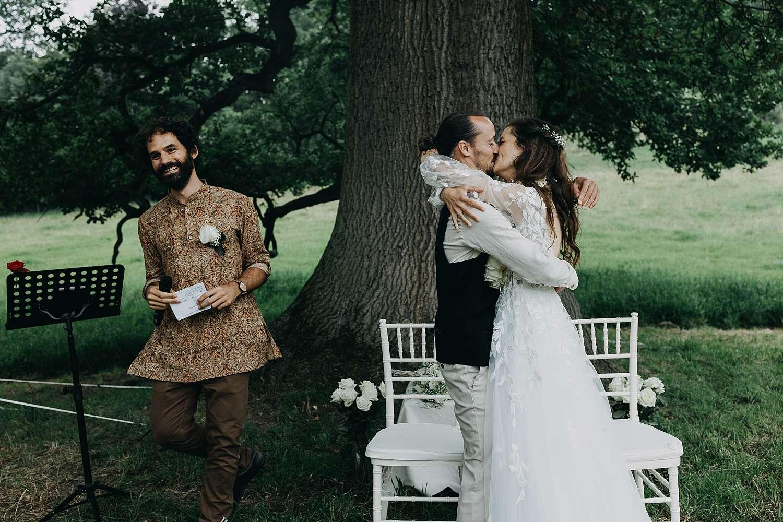 Knuffel huwelijk Kasteel van Heks