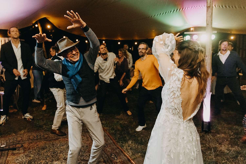 dansfeest bohemian hippie wedding